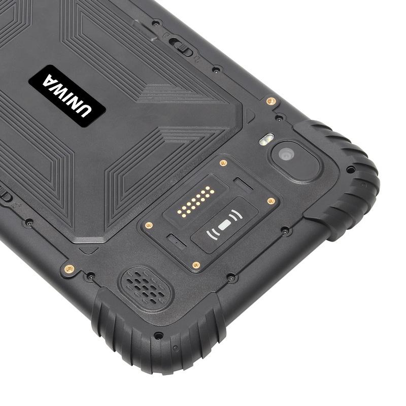 QCOM P888 Rugged Tablet 07