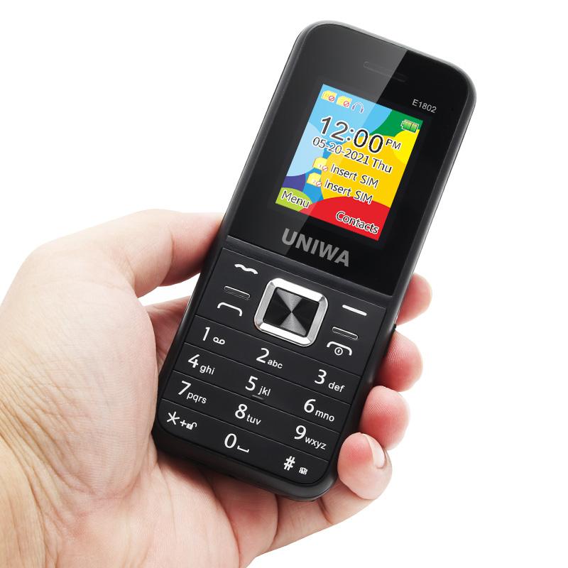 UNIWA E1802 Feature Phone 06